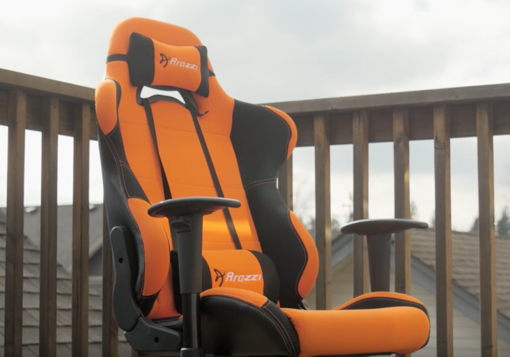 picture of gaming chair, back pains