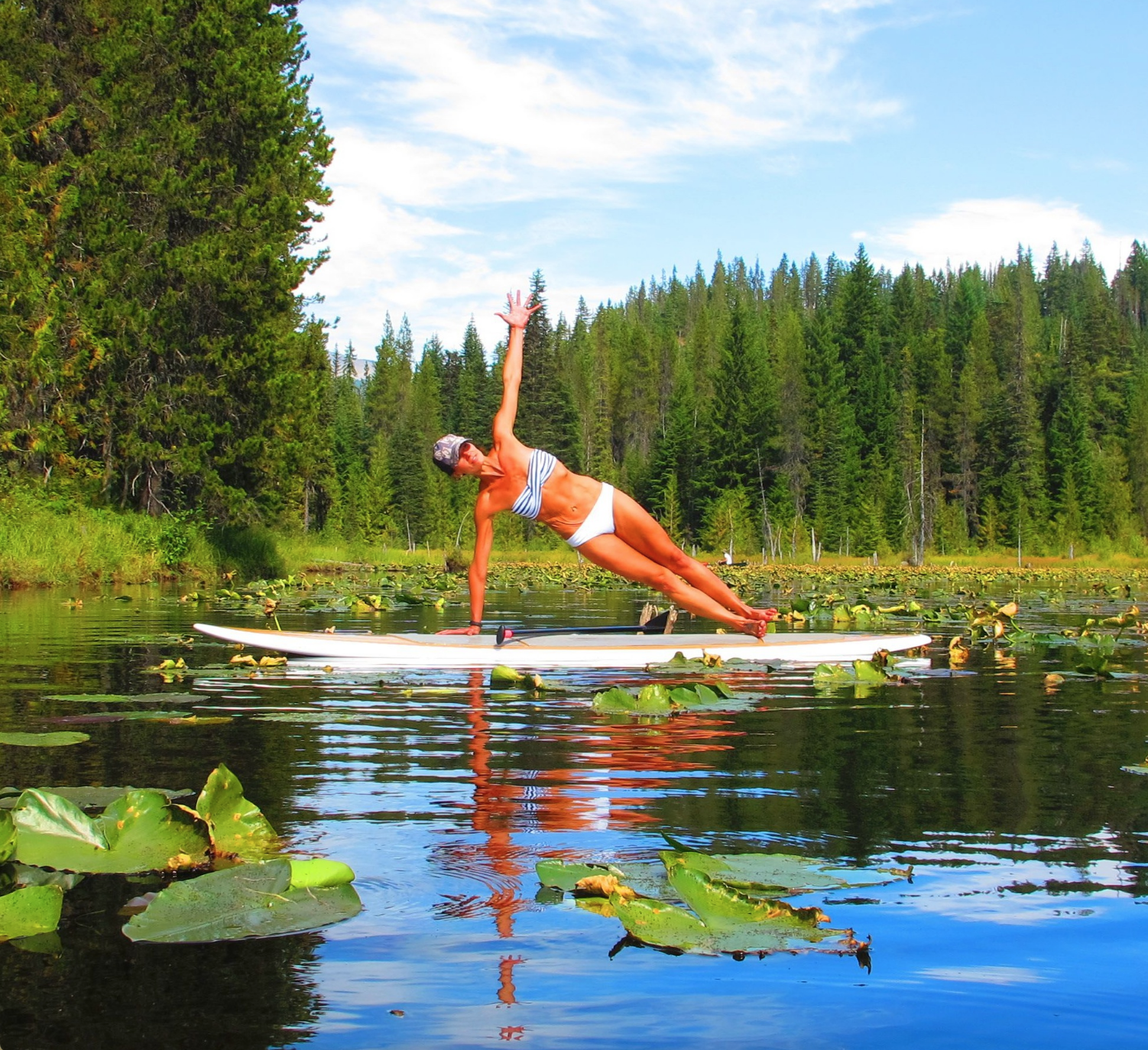 Paddle board yoga 2